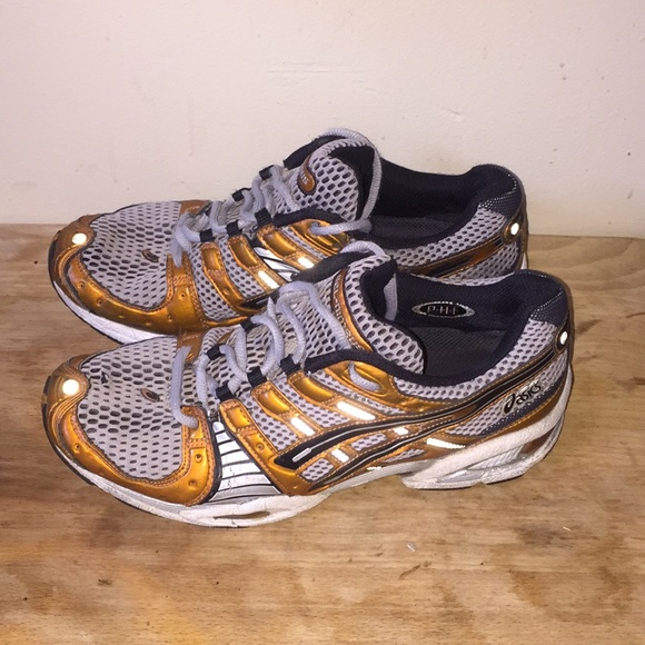 asics mens trainers size 9